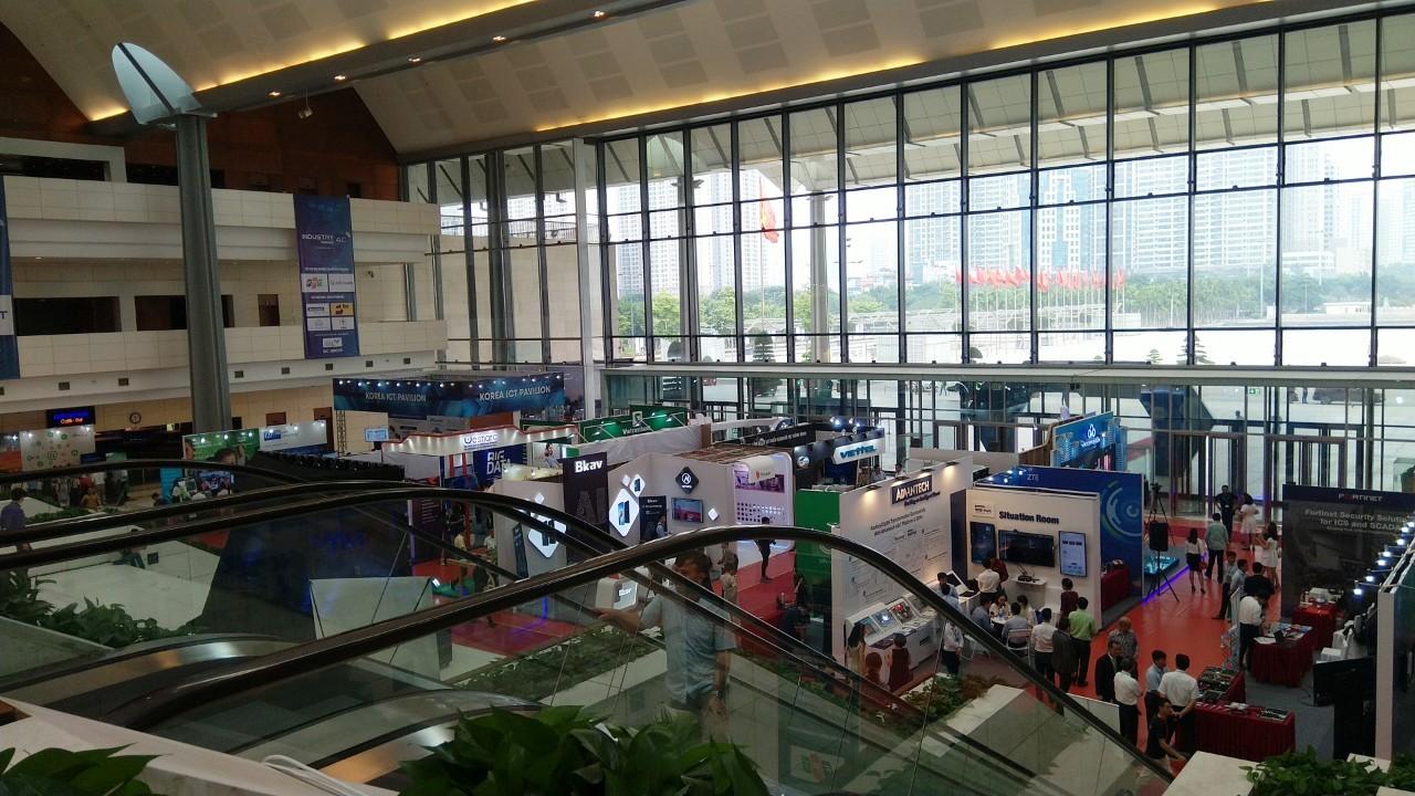 Toàn cảnh triển lãm Quốc tế công nghiệp 4.0 năm 2019